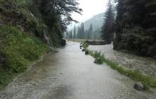 Tatry: Ulewy blokują szlaki turystyczne [FOTO, WIDEO]