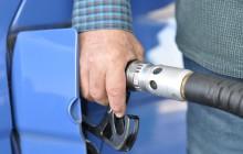 Ministerstwo Finansów: Spadek cen paliw spowodował rekordowe dochody z akcyzy