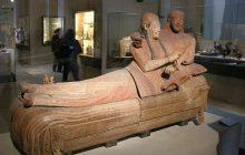 Włochy: Odkryto etruskie groby ze skarbami