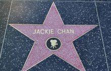 Jackie Chan z honorowym Oscarem