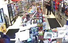 USA: Uchodźca z Sudanu napadł na stację benzynową. Na miejscu byli policjanci. Dramatyczna walka zakończona strzałem [WIDEO]