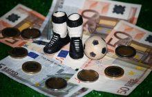 TOP 15 przepłaconych piłkarzy. Wśród nich Polak
