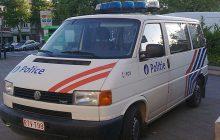 Policyjny radiowóz jak taksówka dla imigrantów? Minister oburzony