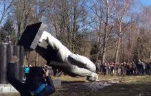 Padł ostatni pomnik Lenina na terytorium kontrolowanym przez Kijów