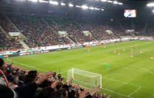 Wspaniałe zachowanie węgierskich kibiców. Podczas meczu swojej reprezentacji pozdrawiali nasz kraj! [WIDEO]