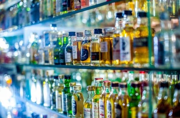 Kto w UE wydaje najwięcej na alkohol? Wcale nie Polacy! Choć jesteśmy w czołówce