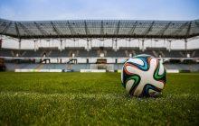 Wycofanie spalonego i żółtych kartek? Plany dyrektora FIFA to prawdziwa rewolucja w piłce nożnej!