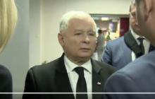 Kłopoty z komunikacją? Jarosław Kaczyński strofuje ministra i podbija internet [WIDEO]
