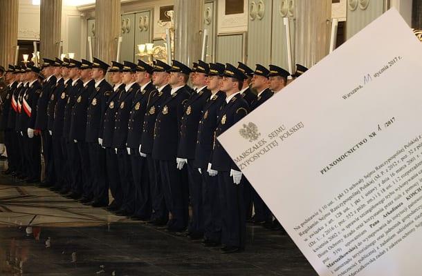 Siłowe rozwiązanie czy ochrona przed prowokacją? Straż Marszałkowska może wezwać inne służby