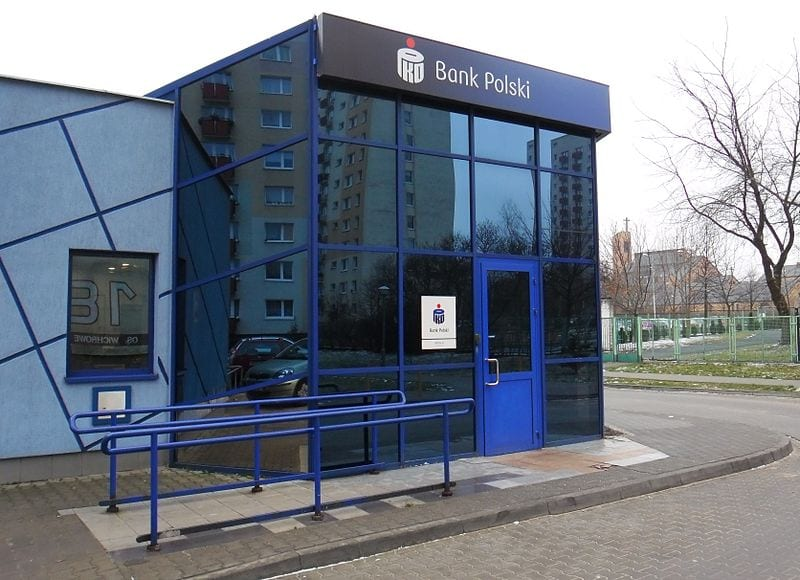PKO BP, Bank