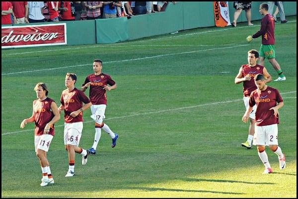 Znany włoski klub piłkarski nawiązał współpracę z drużyną e-sportową!