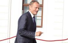 Unijni politycy postanowili o dalszym losie pomocy Grecji. Decyzję chwali Donald Tusk