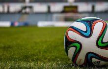 Dziennikarz wywołał burzę na Twitterze. Ujawnił, że jeden z piłkarzy czołowego polskiego klubu przebywa na detoksie alkoholowym