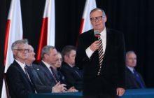Dr Berczyński nie pokieruje już podkomisją smoleńską. Szef MON przyjął jego dymisję!
