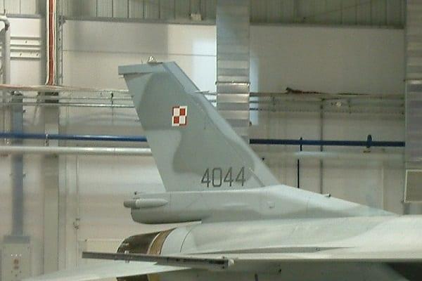 Polską szachownicę zna każdy. A symbole innych sił powietrznych? Zobaczcie jak to wyglądało przed II wojną światową i obecnie!
