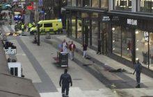 Zamach w Szwecji, ciężarówka wjechała w tłum. Co wiemy do tej pory? [WIDEO]