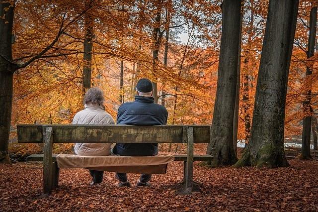 Niemcy: Emerytura w wieku 63 lat popularna, firmom brakuje fachowców