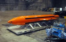 Nowe informacje! Stany Zjednoczone zrzucają najpotężniejszą nieatomową bombę! [WIDEO]
