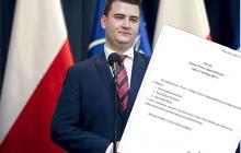 Kaczyński powołał komisję ws. Misiewicza. W jej skład weszło trzech posłów