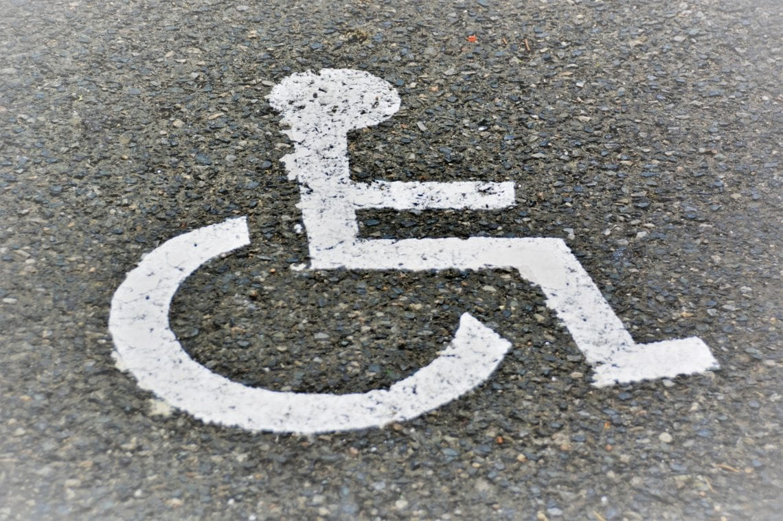 IBRIS zapytał Polaków, czy popierają postulaty niepełnosprawnych. Jednoznaczne wyniki sondażu