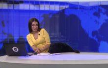 Kuriozalna sytuacja podczas programu informacyjnego w rosyjskiej telewizji. Prezenterkę przestraszył... pies [WIDEO]