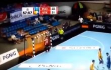 Nietypowa sytuacja podczas finału Pucharu Polski w piłce ręcznej. Kibice jednej z drużyn ukradli rywalom flagę! [WIDEO]