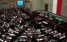 Najnowszy sondaż: SLD i Nowoczesna jedną nogą w Sejmie