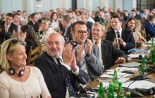 Polska bez CIT i PIT? Środowiska wolnościowe i przedsiębiorcy szykują dobrą zmianę systemu podatkowego