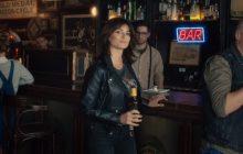 Penelope Cruz w reklamie piwa Karmi mówi po polsku! [WIDEO]