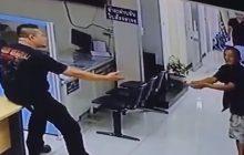 Abstrakcyjna sytuacja na komendzie policji w Bangkoku. Napastnik chciał zaatakować funkcjonariusza nożem, a ten obezwładnił go... miłością [WIDEO]