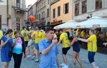 Euro U-21: Szwedzi przejęli lubelski Rynek! Tak bawią się tamtejsi kibice przed meczem z naszą reprezentacją [WIDEO]