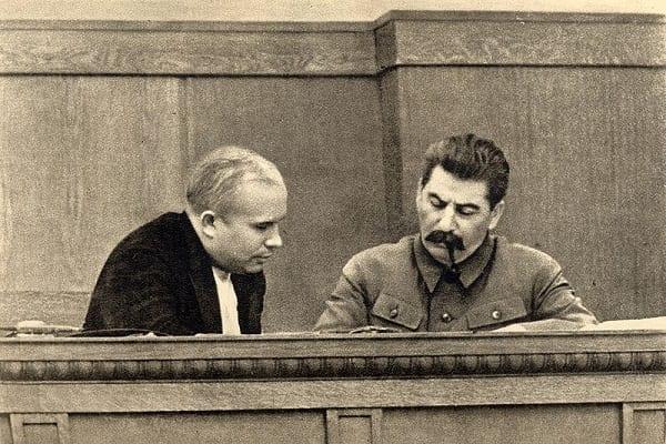 Stalin i Putin najwybitniejszymi postaciami w historii? W rosyjskim sondażu znalazły się również trzy postacie z zagranicy!