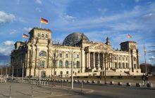Zdecydowany ruch Niemiec - Bundestag zakazał związków małżeńskich z nieletnimi
