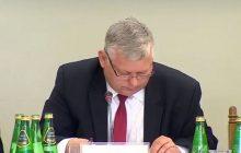 Marek Suski znów zaliczył wpadkę podczas posiedzenia komisji. Zadał pytanie, ale nie wiedział o co [WIDEO]
