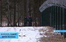 """Chcą uchronić swoje państwa przed """"przypadkowymi"""" wycieczkami rosyjskich wojskowych. Kraje bałtyckie odgradzają się od Rosji [WIDEO]"""