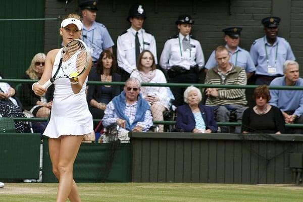 Agnieszka Radwańska znów wygrywa! O ćwierćfinał Wimbledonu powalczy z Kuzniecową