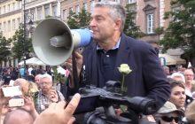 """Niemieccy dziennikarze wiedzą, kto powinien stanąć na czele przeciwników rządu w Polsce. Nazwali go """"ostatnią nadzieją polskiej opozycji"""""""
