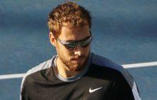 Świetny mecz i kapitalna końcówka. Janowicz w trzeciej rundzie Wimbledonu!
