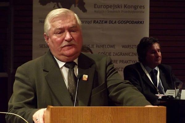 Jak uchronić kraj przed wojną domową? Lech Wałęsa ma pomysł:
