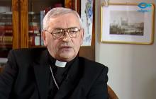 Bp Tadeusz Pieronek nazywa samobójcę Piotra S. bohaterem i ostro krytykuje PiS. Jego wypowiedź wzbudziła ogromne kontrowersje
