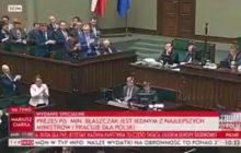 Owacja na stojąco dla Kaczyńskiego po wystąpieniu w Sejmie.