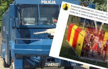 Dziennikarz sportowy jednym zdjęciem zadrwił z opozycji.