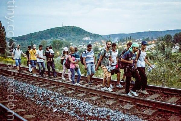Kolejny sondaż ws. uchodźców nie pozostawia wątpliwości. Nawet mimo specyficznie sformułowanego pytania!