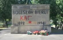 Jak długo szczątki osób odpowiedzialnych za zbrodnie komunistyczne będą spoczywały obok bohaterów na Powązkach? IPN zajął się sprawą