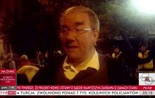 """Zapytał manifestującego pod Sejmem mężczyznę """"czy dopuszcza ofiary śmiertelne, byleby odsunąć PiS od władzy"""". Niepokojąca odpowiedź [WIDEO]"""