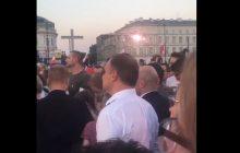 Tłumy warszawiaków, a wśród nich... prezydent! Andrzej Duda na koncercie upamiętniającym Powstanie Warszawskie [WIDEO]