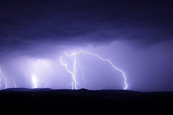 Szykuje się gwałtowne załamanie pogody. Jest ostrzeżenie dla ośmiu województw
