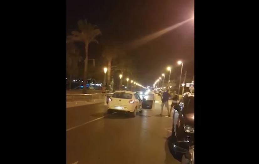 Kolejne nagranie z Cambrils. Widać moment, w którym policja strzela do zamachowców [WIDEO+18]