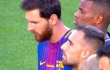 W ten sposób piłkarze Barcelony upamiętnili ofiary zamachu. Na koszulkach zawodników zabrakło nazwisk [WIDEO]