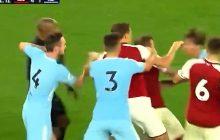 Bijatyka na boisku! Piłkarz Arsenalu Londyn wyleciał z czerwoną kartką [WIDEO]